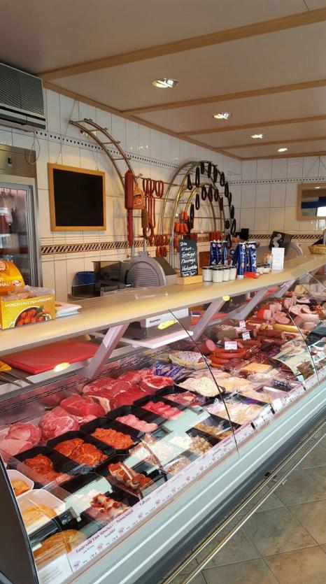 Mit großer Sorgfalt und höchsten Ansprüchen produzieren wir die Dorfmetzgerei Wenz Pfinztal unsere Fleischereiprodukte für die Regionen Pfinztal, Bruchsal , Pforzheim, Weingarten, Remchingen, Walzbachtal, Karlsruhe uvm.
